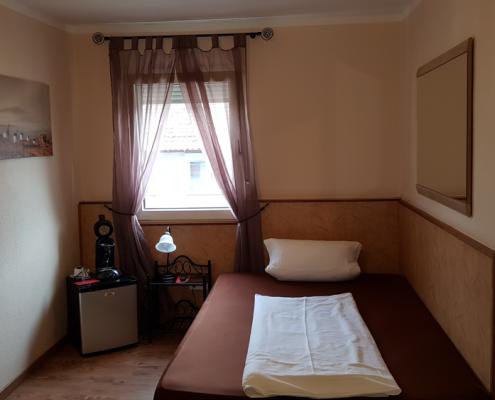 Einzelzimmer Hotel Boos Nibelungen Themenhotel Worms